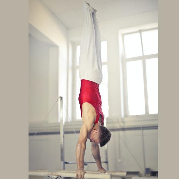 Paralelas de gimnasia arístitica masculina